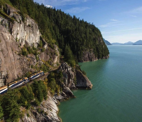 Rocky Mountaineer Train Guide   USA & Canada 2018 by